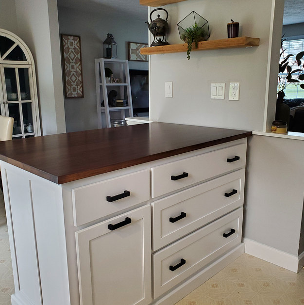 Islands with Drawers